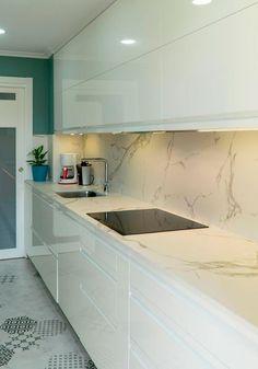 Kitchen Remodel and Design, das Sie 2019 lieben werden , Modern Kitchen Interiors, Luxury Kitchen Design, Kitchen Room Design, Kitchen Cabinet Design, Home Decor Kitchen, Interior Design Kitchen, Kitchen Walls, Pantry Design, Cuisines Design