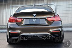 image of BMW M4 Pyritbraun M Performance 05 750x497