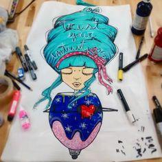 #secle #seclestyle #peonza #spinning #peloazul #hart #corazon #goodenergy #tercerojo #intuicion #specialgirl #human #magic #conexion  #intimidad #colores #bcnstreetart  #tv_streetart  #newart #pasteup #bcnpasteup #comingsoon #rotu #rotulador #marker #travel #graffgirl  #viaje #expirience by seclestyle