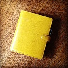 Yellow pocket finsbury.