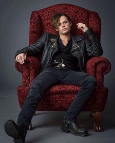 Harrison Gilbertson as Cam Briel in Fallen Movie Lauren Kate