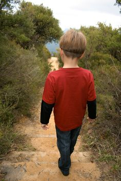 """Great activity for day hiking kids: Poetry on the Go. A Bug's Life. Read about tried and true diversions for day hiking with children in """"Hikes with Tykes: Game and Activities."""""""