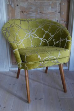 #verhoilu#upholstery Armchairs, Vanity Bench, Accent Chairs, Upholstery, Furniture, Home Decor, Wing Chairs, Upholstered Chairs, Couches