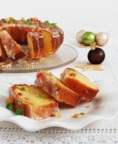 Ez a narancsos kuglóf tökéletes eleme lehet a karácsonyi asztalnak. Készítsétek el a klasszikus bejgli mellé. Ízlés szerint keverhetünk hozzá aszalt, vagy kandírozott gyümölcsöt is. Ring Cake, Scones, French Toast, Recipies, Cooking Recipes, Breakfast, Party, Christmas, Food