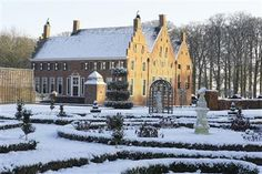 Menkemaborg in a winter wonderland. The place just looks magic! Medieval Town, Modern Buildings, Architecture Details, Winter Wonderland, Garden Landscaping, Netherlands, Holland, Dutch, Beautiful Places