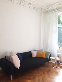 Wohnzimmercouch in schöner großer Altbauwohnung in Hamburg - Eimsbüttel #wohnung…