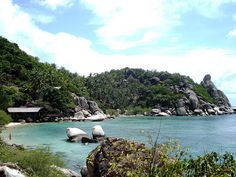 Chalok Baan Kao Bay, Freedom Beach - Koh Tao     I miss this place!