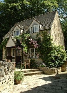 Sudeley Cottages, Cotswolds Bazaar spends a relaxing weekend in the Cotswolds Style Cottage, Cute Cottage, Cottage Homes, English Cottage Style, English Country Houses, English Homes, Irish Cottage, English Style, Cottage Living