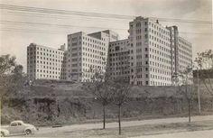 AVENIDA REBOUÇAS - 1940  Avenida Rebouças em 1940. Acima, o Hospital das Clínicas ainda em construção. Ele seria inaugurado em 1944.