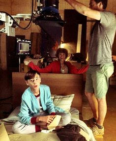 Bev popped up on set to visit a sick Bill. Sohia Lillis and Jaedan Lieberher It The Clown Movie, Movie Tv, Scary Movies, Good Movies, It Movie 2017 Cast, Its 2017, Jack Finn, Pennywise The Dancing Clown, Memes Br
