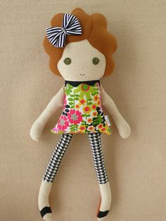 Fabric Doll Rag Doll Girl in Floral Dress, Houndstooth Leggings, and Black and Pink Tutu                                                                                                                                                                                 Mais