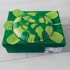 Beuatifully decorated box for 4 year old Quinton - Santa Shoebox 2017 Shoebox Ideas, Upcycling Projects, 4 Year Olds, Some Ideas, Shoe Box, Upcycle, Decorative Boxes, Santa, Crafty