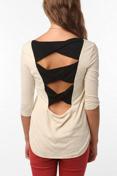 DIY Inspiration ~ T-shirt back cutout | lovelaughliveme