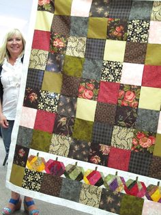 Bee In My Bonnet: My Quilt Retreat Show and Tell...love the pumpkins!