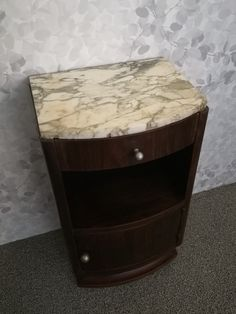 Small Furniture, Furnitures, Table, Home Decor, Decoration Home, Room Decor, Tables, Home Interior Design, Desk