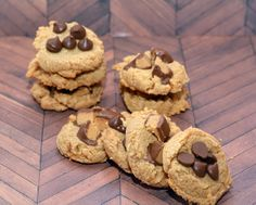 3 INGREDIENT PEANUT BUTTER COOKIES THAT ARE AMAZING!!! SEEM ALMOST TOO GOOD TO BE TRUE! - Hugs and Cookies XOXO