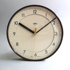 Industry design (Braun ABK 31 Wall Clock by Dietrich Lubs)