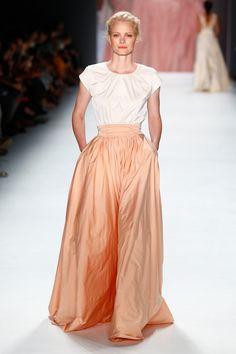 Pin for Later: Entdeckt alle Trends der Berlin Fashion Week in nur 5 Minuten Tag 2: Minx by Eva Lutz