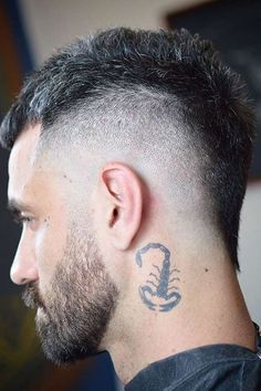Short Hair Mohawk, Mohawk For Men, Mohawk Hairstyles Men, Haircuts For Men, Modern Hairstyles, Medium Hairstyles, Short Punk Hairstyles, Wedding Hairstyles, Blonde Hairstyles