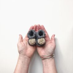 Ethical and sustainable baby footwear. Available in premature and tiny baby sizes Baby Size, Cotton Bag, New Baby Gifts, Baby Booties, The Fool, Hand Stamped, New Baby Products, High Tops, Baby Footwear