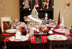Vintage Glam theme. Not just for holidays, keep this one in your arsenal of ideas.