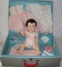"""20"""" MINT American Character Tiny Tears Caracul BABY Doll in CASE, Original Factory Wardrobe"""