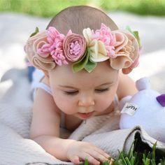 felt flower headband // fancy free finery // www.fancyfreefinery.com