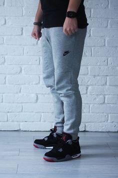 Jordans - Shop for Jordans on Wheretoget Sneakers Outfit Men, Nike Shoes Outfits, Nike Tech Fleece Men, Jogging, Sneakers Nike Jordan, Fleece Shorts, Men Shorts, Black Nike Shoes, Athletic Outfits