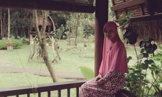 one of my favorite long instant khimar in pink shade