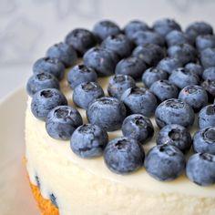 Per gli amanti della #cheesecake, ecco la #ricetta di quella ai #mirtilli: http://blog.giallozafferano.it/laraccoltadiricette/cheesecake-ai-mirtilli/