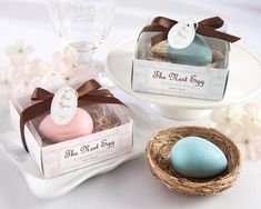 Soap baby shower favors at Elegant Baby Favors. We're your number one source for baby shower soap favors. Recuerdos Baby Shower Niña, Cadeau Baby Shower, Baby Shower Favors, Baby Shower Parties, Baby Shower Gifts, Baby Showers, Shower Party, Shower Games, Soap Wedding Favors