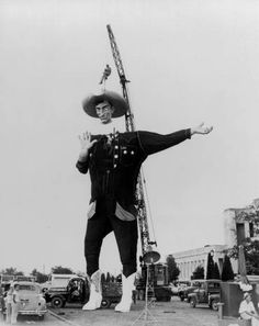 Big Tex at his first State Fair of Texas in 1952.