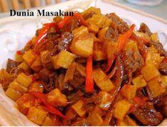 Sambal Goreng Kentang Indonesian Cuisine, Indonesian Recipes, Nigeria Food, Spicy Dishes, Asian Recipes, Ethnic Recipes, Sweet Potato, Dessert Recipes, Desserts