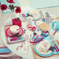 Villeroy & Boch playful and whimsical with vintage-inspired Lina dinnerware.