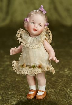 Rendezvous Auction on Wednesday, February at Featuring rare antique dolls and more. Victorian Dolls, Antique Dolls, Vintage Dolls, Rare Antique, Tiny Dolls, Old Dolls, Dollhouse Dolls, Miniature Dolls, Dollhouse Miniatures