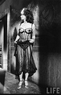Sophia Loren by Alfred Eisenstaedt 1963 - Album on Imgur