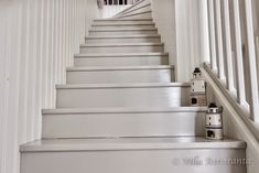 Villa Airisranta: Yläkerran portaikko Entry Stairs, Cottage Exterior, English House, Attic Rooms, Stairways, Interior Architecture, House Design, Home Decor, Romantic