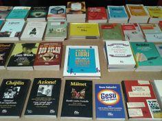 I nostri libri da Open a Milano. (La foto è di Matteo Spinelli.)