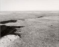 Robert Adams, From the Missouri West (1975-1983) , exploitation de carrières sur une mesa, comté de Pueblo, Colorado, 1978