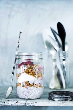 Oatmeal recipes: 5 scrumptious variations with oatmeal Healthy Soda, Healthy Smoothies, Healthy Drinks, Healthy Recipes, Delicious Recipes, Oatmeal Diet, Bio Food, Food Vans, No Sugar Diet