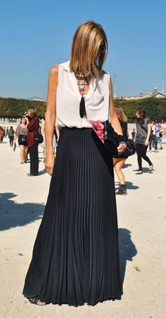 Gorgeous black pleated maxi skirt fashion. . click on pic to see more