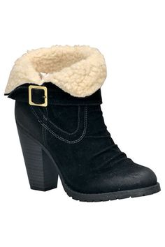Your toes would be toasty in these!