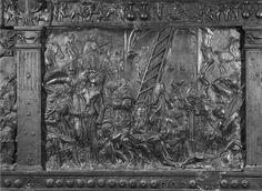 Donatello e aiuti - Pulpito della Passione, Deposizione - dopo il 1460 - bronzo - Basilica di San Lorenzo, Firenze