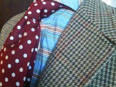 Another yuk ! Shirt is strictly casual & should never be worn with any jacket or tie especially not this one - burgundy with duck egg blue - no, no ,no ! Again a plain soft blue shirt with a tie of soft blue polka dots on a darker blue
