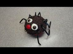 ▶ Decorating cupcakes #20: Simple Halloween Spider - YouTube