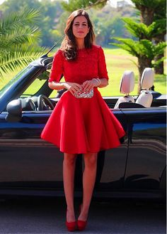 Sweet Lace & Tulle Jewel Neckline Short A-line Homecoming Dresses