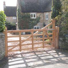 Wooden Farm Gates, Wooden Garden Gate, Driveway Entrance, Entrance Gates, Drive Gates, Landscaping A Slope, Gate Post, Farm Plans, Electric Gates