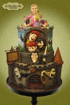 Transylvanian Birthday Party - http://cakesdecor.com/cakes/256867-transylvanian-birthday-party