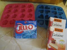 Here are gummy candy ingredients. But use sugar free jello or Knox and make own colors and flavors. Jello Gummy Bears, Gummy Bear Recipe With Jello, Sugar Free Gummy Bears, Sugar Free Jello, Gummies Recipe Jello, Gummy Candy Recipe Jello, Sugar Free Gummies Recipe, Jello Jigglers, Gummi Bears
