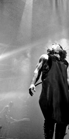 Till Lindemann Till Lindemann, Richard Kruspe, Heavy Metal Rock, Till The End, Concert Photography, Industrial Metal, My Favorite Music, Metal Bands, Music Stuff